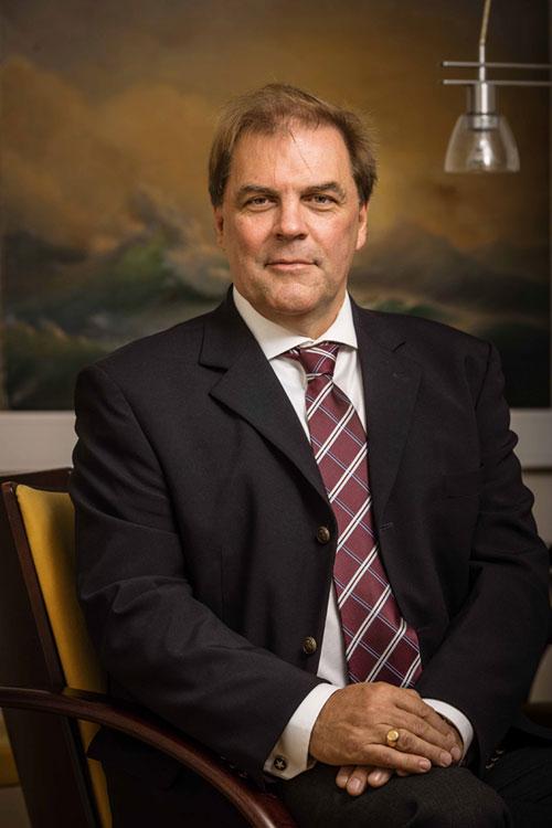 Advokat Lars Björk